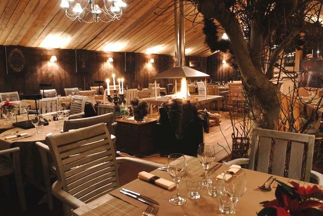 Petit jardin restaurant luxembourg toulon bid for Cabane de jardin suisse